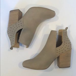 Shoes - Taupe Bootie